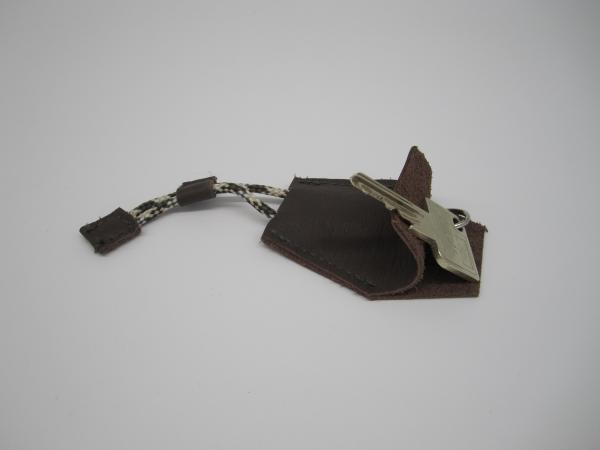 Porte clés marron